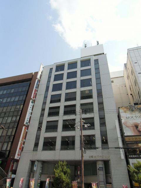 東梅田パークビル